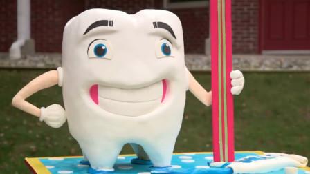 """儿子第一次拔牙,父亲花10万定制""""牙齿蛋糕"""",只为庆祝拔掉牙齿"""