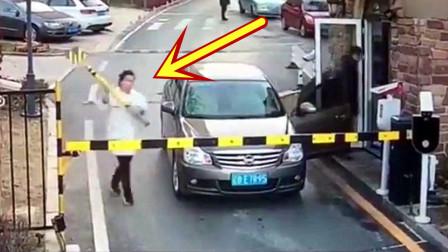 开辆破车,女子就自认为高人一等,监控拍下无语画面!