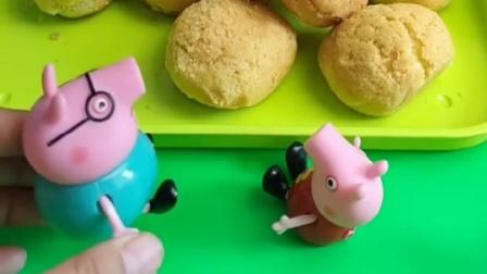 小猪在吃泡芙,居然没一个有奶油,这不应该呀