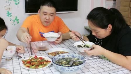 五花肉和豆腐这样做,吃着碗里望着锅里,做法简单,老婆喜欢