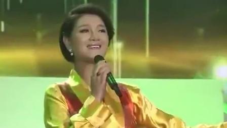 降央卓玛一首《美丽的草原我的家》,最美女中音,让人沉沦!
