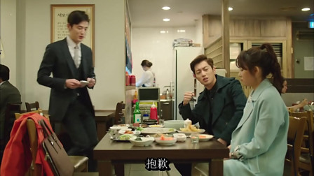 一起用餐吧:生鱼片是蘸芥末还是醋酱好吃?韩国欧尼告诉你答案!