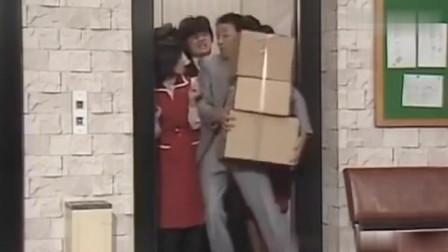 日本爆笑节目:志村大爆笑,换成是你,你会挤进电梯吗?