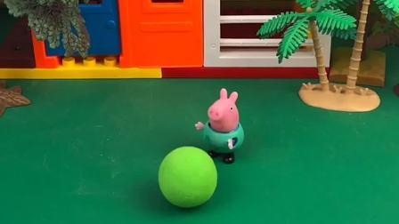乔治有个好玩的西瓜球,大鲨鱼以为是个西瓜呢,赶紧解解渴吧!