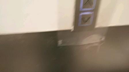 深业上城电梯
