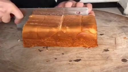 大厨切面包小妙招,这技术确实厉害