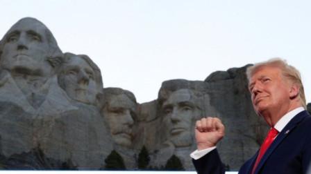 """特朗普又吹:""""疫情前连乔治·华盛顿也赢不了我"""" 主持人都笑了"""