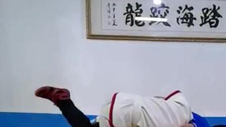 中国跤大师刘清海倾情讲解:挑勾
