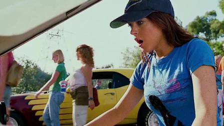 女孩从二手车市场捡到神车!