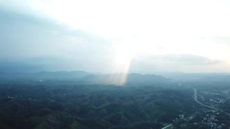 广西农村大山,日落的影色那么美丽,大家看过吗?