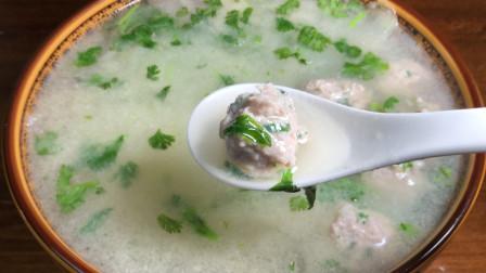 冬瓜丸子汤最好喝的做法,清淡爽口不油腻,做法简单,一看就会