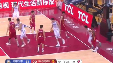 CBA篮球比赛:姜宇星眼部受伤离场,周琦以个人出色的得分,助新疆战胜吉林!