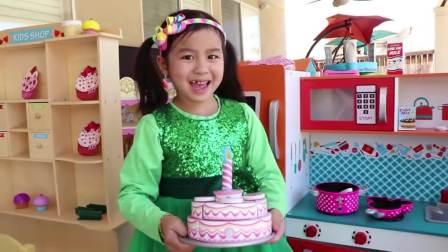 国外儿童时尚,小女孩做的蛋糕,太可爱了