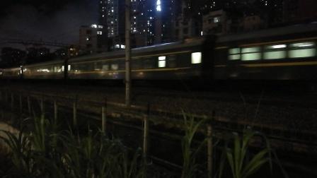 (南宁市园湖北路)K2386次列车 南宁→长春
