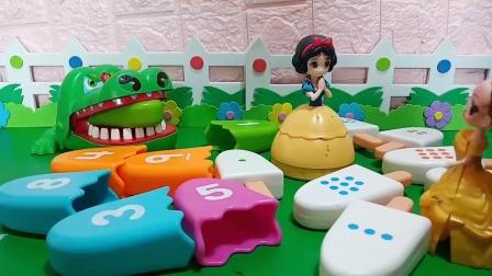 小猪佩奇玩具:大鳄鱼你怎么会认为是自己的舌头呢