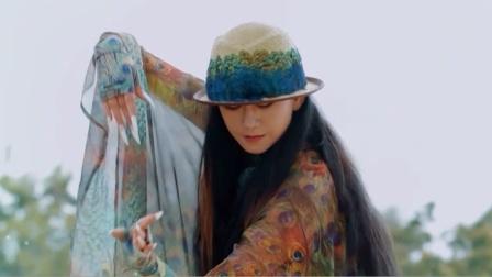 酷的娱乐圈 2020 郎朗和杨丽萍即兴合作 钢琴王子和孔雀公主神仙搭配绝了