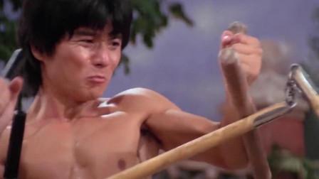 中华丈夫:小伙苦练三节棍,这一招实在是高,打戏精彩