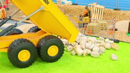 工程车玩具:铲车挖石子装载翻斗车,挖掘机清理石子!