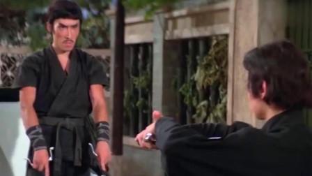 中华丈夫:中华小子用双刀大战日本忍者,中日暗器的比试,值得看