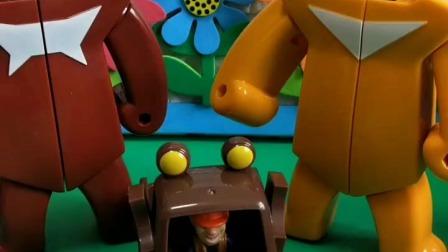 小猪佩奇玩具:谁想看熊大熊二光头强合体?