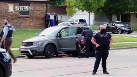 #美国黑人男子遭连开七枪 ,律师:目前已瘫痪…… #枪击 #黑人 #美国 #暴力执法