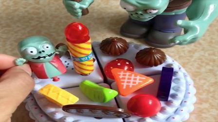 小朋友们巧克力水果蛋糕好吃吗