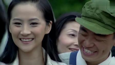 神通乡巴佬:王宝强与美女互动,俩人默契度不行