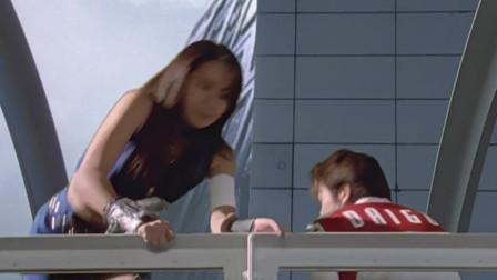 迪迦:为离开TPC总部,外星美女电伤大古,跳海逃跑