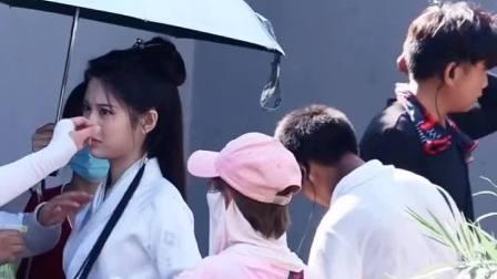 张慧雯拍摄新剧一片冰心在玉壶