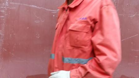 安徽很害羞的农民工,以为我要拍照,其实我是录视频
