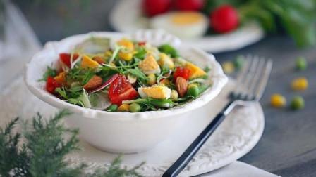 2种低脂水果,夏季代餐晚上吃,身体强壮,还能减掉小肚腩