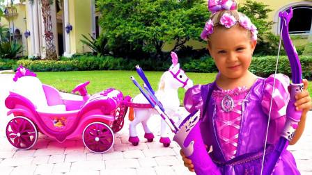 萌宝玩具故事:好神奇!小萝莉为何会变成不同迪士尼的公主?
