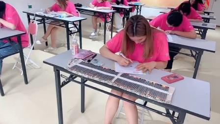 福州人气口碑最好的化妆美甲美睫美容培训学校?