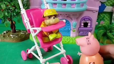 小猪佩奇玩具:乔治答应猪妈妈再也不淘气了,可佩奇发现他又做坏事