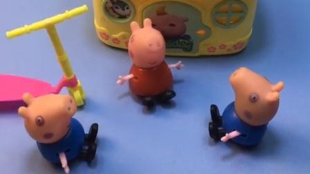 还是第一次遇见这种事,有个和乔治长的一样的小猪,真的太像啦!