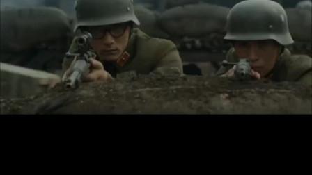 捍卫者: 日军开始进攻,姚子青营陷入苦战