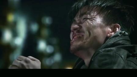 甄子丹的拳头有多硬,看这握拳的姿势就不是一般人能做到,看着都觉得痛!