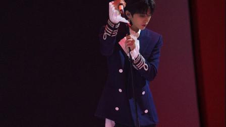 不愧是乐坛最火的小生!蔡徐坤现场演唱《情人》,五分钟涨粉六万