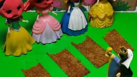 公主们吃了辣条毁容了,王后给她们准备了棒棒糖,可少了白雪的那根