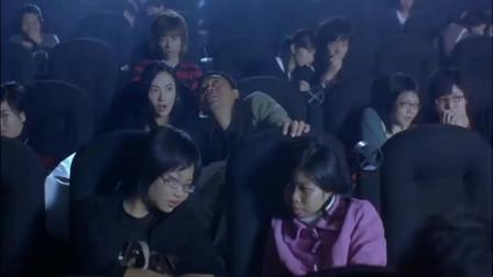 来电影院最怕身边坐着这种人这波操作不服不行