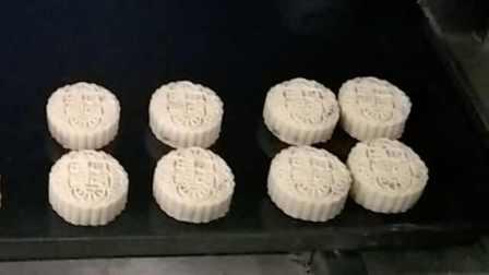 揭秘!五仁月饼里不止五种仁:包含七八种馅料烤两次才能出炉