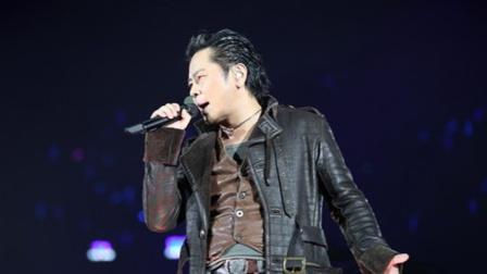 王杰《英雄泪》粤语版,我一生,超好听的经典老歌