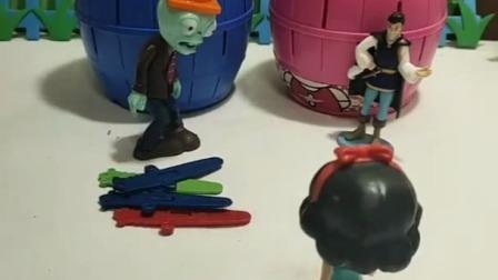 小猪佩琪玩具:白雪救叮当猫和KT猫