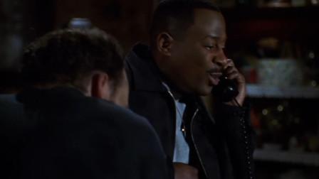 男子潜入房屋找东西,冒充胖婶接电话,对面竟一点也没听出破绽