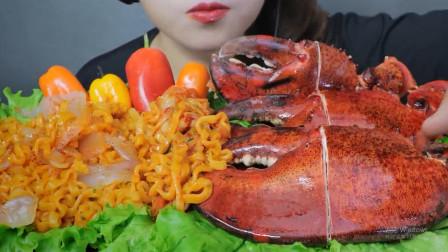 壳子需要锯开的虾钳,虾肉紧实脆弹有嚼劲,大口吃的好馋人