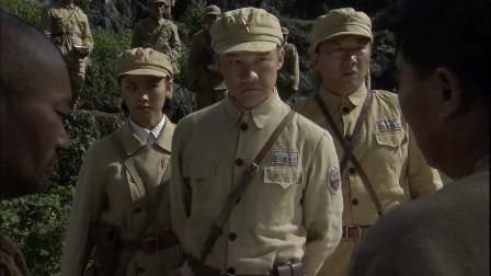 """冷箭:囚嫌弃伙食差,嘲笑队长开""""小灶"""",哪知全是清汤寡水"""