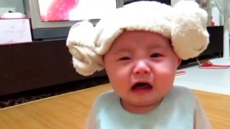 宝宝迫不及待吃米糊,没想到爸爸喂太慢还不管饱,气的哇哇大哭!