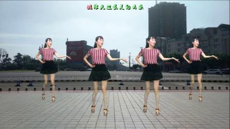 火爆广场舞《小苹果》欢快活泼,简单易学,百听不厌