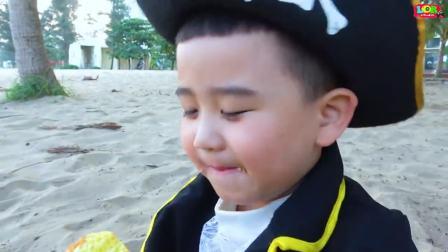 国外儿童时尚,小男孩吃蛋糕,开心极了
