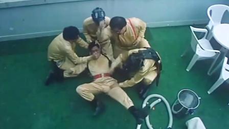 青头鬼躲进吴耀汉肚子,众人为了帮他把鬼赶出来,也太搞笑了